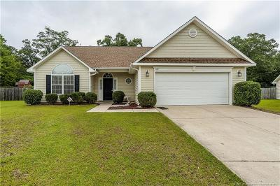 Hope Mills Single Family Home Active Under Contract: 5132 Goshawk Drive