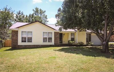 Fayetteville Single Family Home For Sale: 6775 Seaford Drive