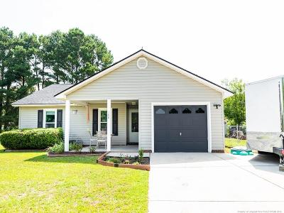 Hoke County Single Family Home For Sale: 108 Eulon Loop
