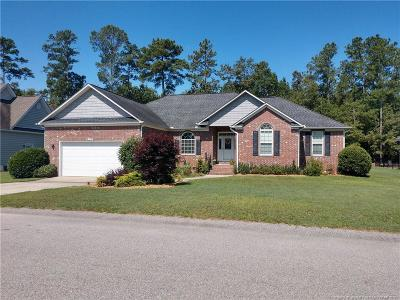 Fayetteville Single Family Home For Sale: 925 Satinwood Court