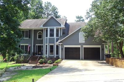Fayetteville Single Family Home For Sale: 733 Stonington Drive