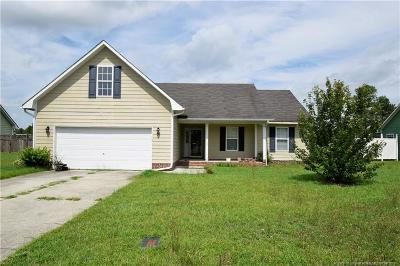 Hoke County Single Family Home For Sale: 110 Remington Drive