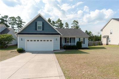 Fayetteville Single Family Home For Sale: 1633 Kershaw Loop
