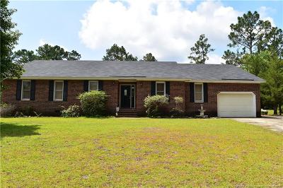 Fayetteville Single Family Home For Sale: 877 Fredonia Drive