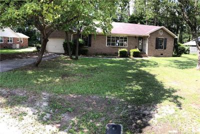 Fayetteville Single Family Home For Sale: 415 Homestead Drive