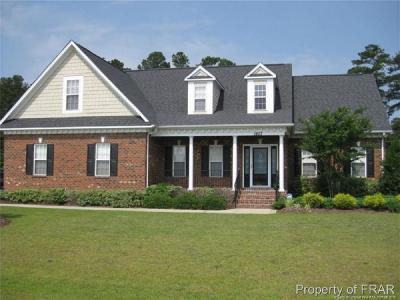 Fayetteville Single Family Home For Sale: 1807 Rockrose Drive