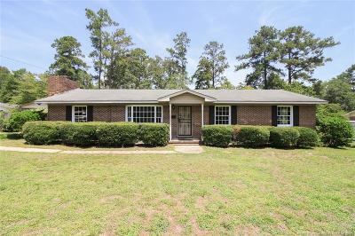 Hoke County Single Family Home For Sale: 823 E Donaldson Avenue