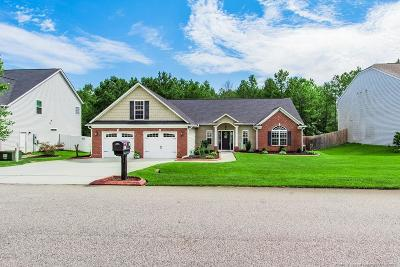 Hope Mills Single Family Home For Sale: 1525 Dulles Road