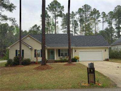Harnett County Single Family Home For Sale: 11 Maplewood Drive
