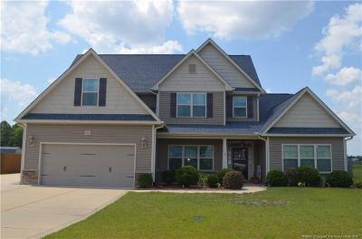 Hope Mills Single Family Home For Sale: 6606 Stillwood Drive