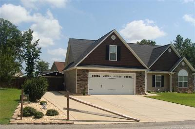 Hope Mills Single Family Home For Sale: 1114 Legend Creek Drive