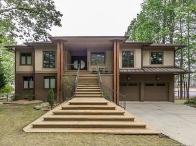 Cameron, Vass Single Family Home For Sale: 697 Rosebud Court