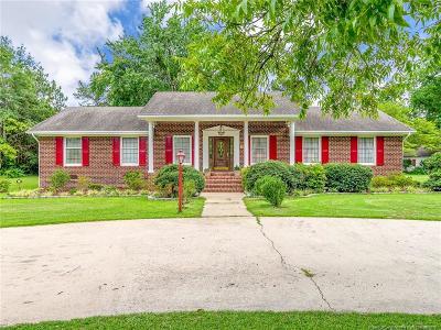 Hoke County Single Family Home For Sale: 225 Harris Avenue