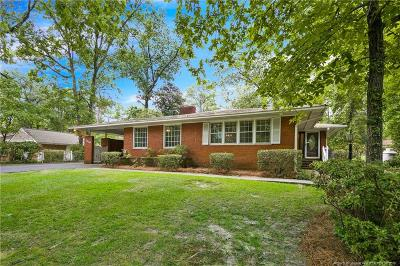 Fayetteville Single Family Home For Sale: 2109 Forest Hills Drive