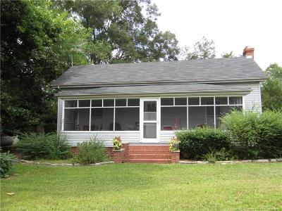 Sanford Single Family Home For Sale: 700 Hickory House Road