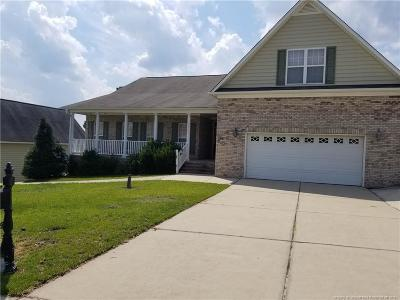 Hope Mills Single Family Home For Sale: 3916 Hunting Path Drive