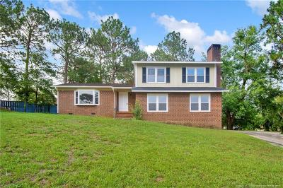 Fayetteville Single Family Home For Sale: 6200 Burning Tree Court
