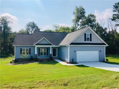 Harnett County Single Family Home For Sale: 215 Wilburn Road