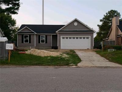 Fayetteville Single Family Home For Sale: 5800 Pepperbush Drive