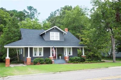 Raeford  Single Family Home For Sale: 114 W Donaldson Avenue