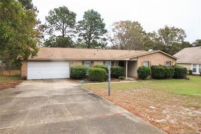 Fayetteville Single Family Home For Sale: 6904 Brockwood Street