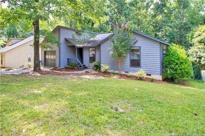 Fayetteville Single Family Home For Sale: 325 Youngberry Street