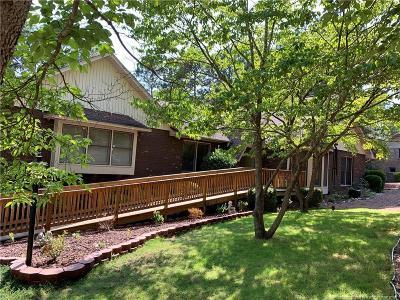 Seven Lakes Single Family Home For Sale: 114 Somerset Lane