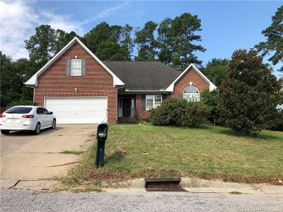 Hope Mills Single Family Home For Sale: 5516 Shady Pine Court