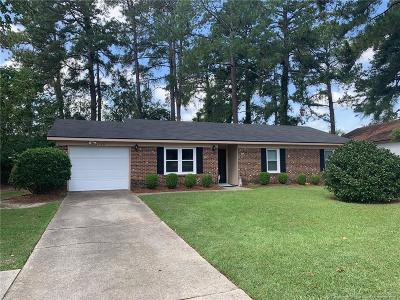 Fayetteville Single Family Home For Sale: 1110 Thornwood Place