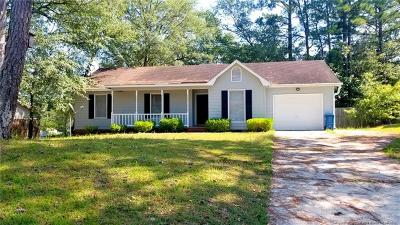 Fayetteville Single Family Home For Sale: 6517 Sudbury Drive