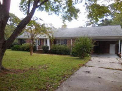 Single Family Home Rented: 104 Perry Drive