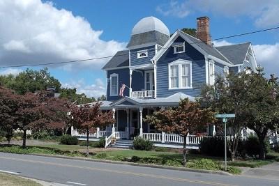 La Grange Single Family Home For Sale: 131 East Railroad