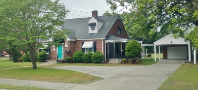 La Grange Single Family Home For Sale: 205 N Caswell St