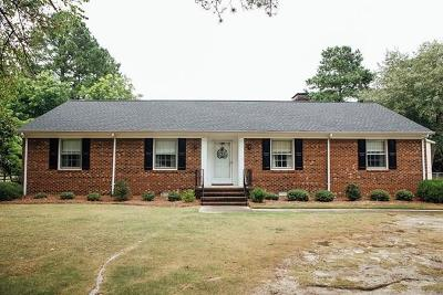Goldsboro Single Family Home For Sale: 2600 Pine Needles Rd
