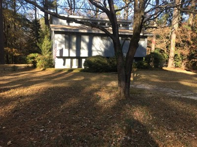 Goldsboro Single Family Home For Sale: 617 Brookwood Lane