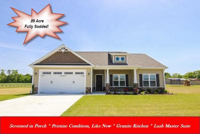 Princeton Single Family Home For Sale: 104 Black Water Court
