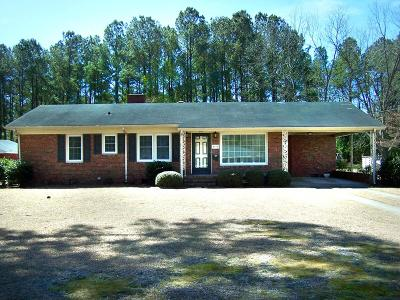 La Grange Single Family Home For Sale: 203 Lake Pines Dr.