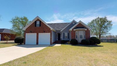 La Grange Single Family Home For Sale: 208 Ellington Way