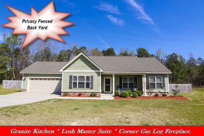 Princeton Single Family Home For Sale: 77 Lightwood Circle