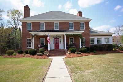 Goldsboro Single Family Home For Sale: 108 Aurora Lane
