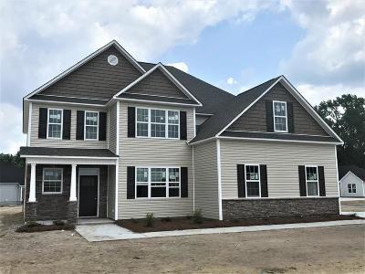 Pikeville Single Family Home For Sale: 202 Joyland Dr