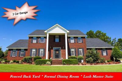 La Grange Single Family Home For Sale: 401 Pointe Dr