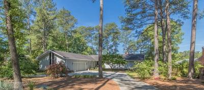 Wayne County Single Family Home For Sale: 211 Walnut Creek Drive