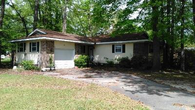 Goldsboro Single Family Home For Sale: 210 Corral