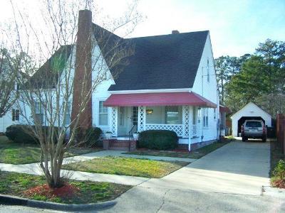 La Grange Single Family Home For Sale: 104 South Center St.