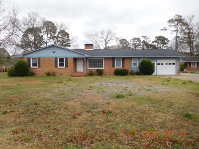 Goldsboro Single Family Home For Sale: 105 Kay Dee Street