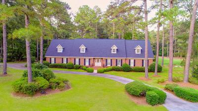 Goldsboro Single Family Home For Sale: 200 Deerborn Cir.