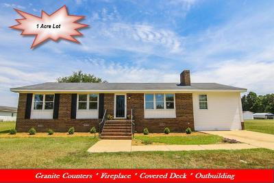 Princeton Single Family Home For Sale: 49 Camil Dr