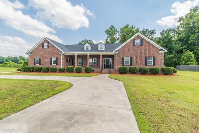 Goldsboro Single Family Home For Sale: 205 River Haven Drive