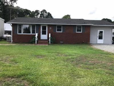 Mt Olive Single Family Home For Sale: 109 W Pine Forest Rd.